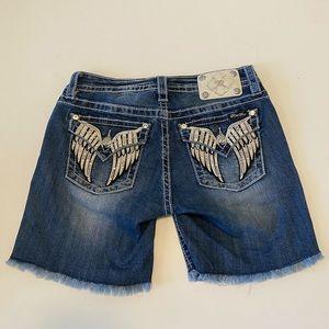 Miss Me Angel Wing Rhinestone Jean Shorts 28 💜